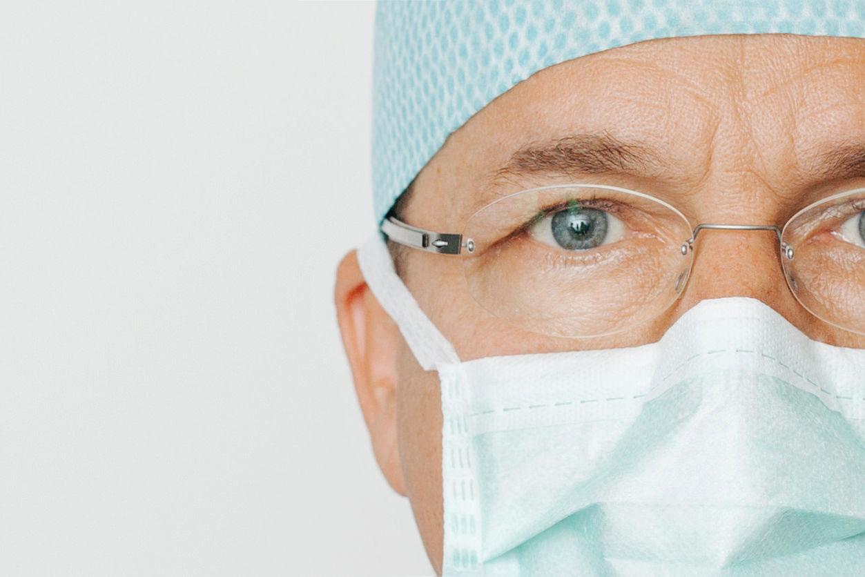 Dr. med. <br />George Langhans